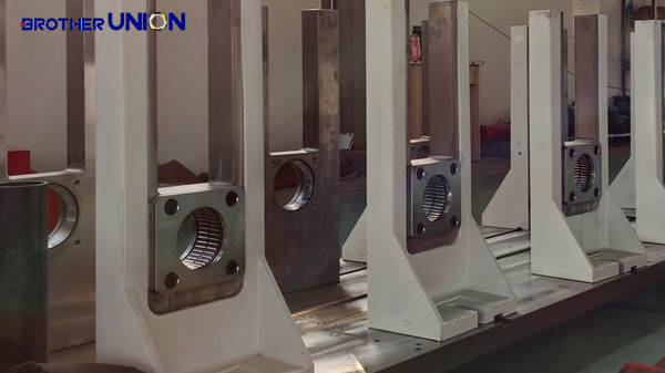 neelde bearing in roll forming stands